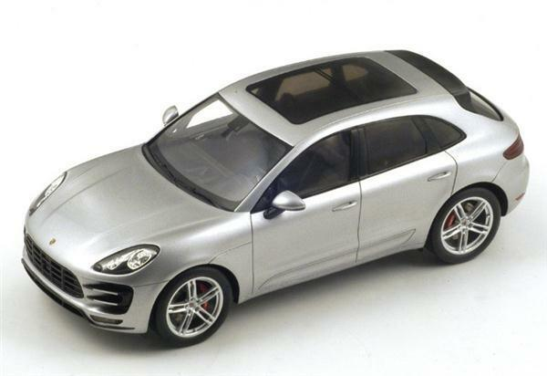 1 18 Spark Model Porsche Macan Turbo 18S171