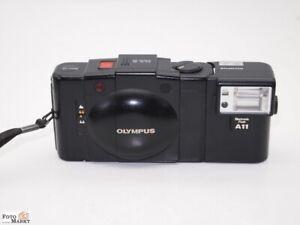 Olympus-XA2-Blitz-A11-D-Zuiko-3-5-35mm-Objektiv-Kompaktkamera-Streetfotografie
