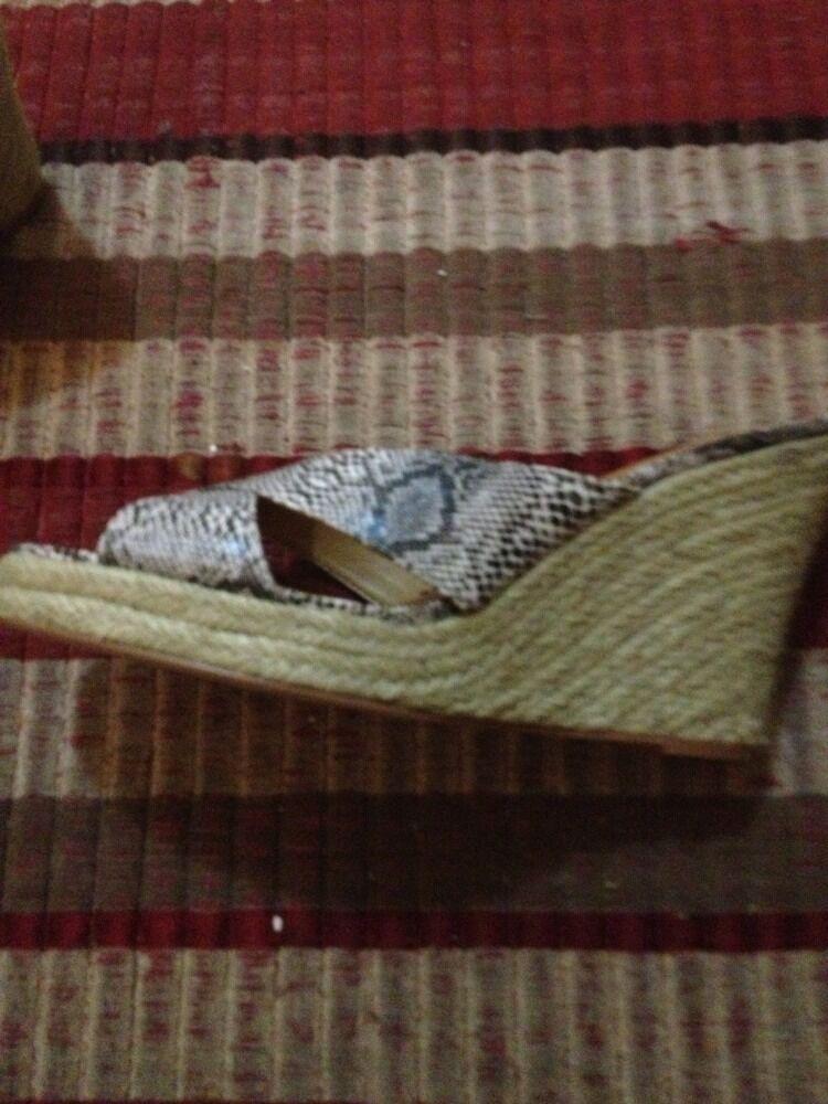 BRAND NEW Kelsi Dagger Wedge Sandals Heels Heels Sandals Snake Print Heels Size 11 f2d5f2