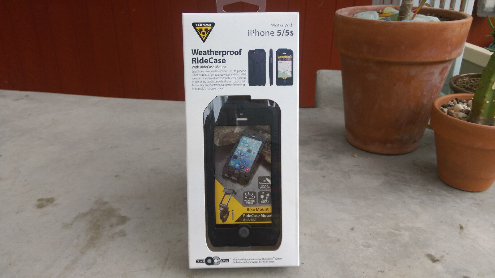 Topeak Weatherproof Ridecase  iphone 5 and 5s New in box