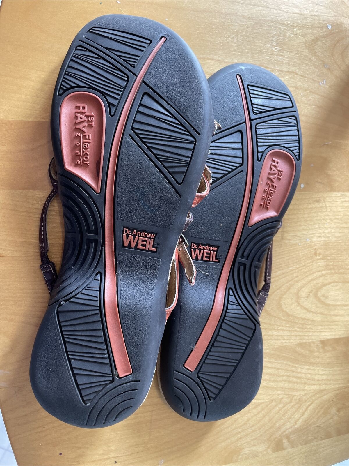 Weil Orthaheel sandal size 8 - image 4