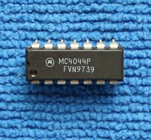 10pcs MC4044P ORIGINAL MC4044 PHASE-FREQUENCY DETECTOR NEW