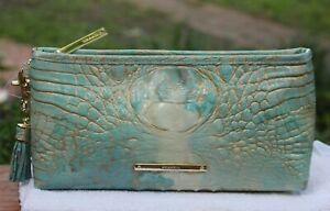NWT-BRAHMIN-KAYLA-SERENDIPITY-MELBOURNE-CLUTCH-WRISTLET-SOLD-OUT-COLOR