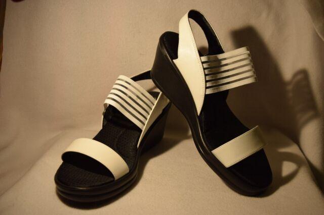 82eb5ac747435b NEW Women s Size 8 WIDE Skechers Cali White Sci-Fi Rambler Wedge Sandal  Shoes