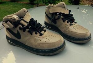 2009 NIKE AIR Force 1 Jd Sports Exclusive Mid Shoes, Size