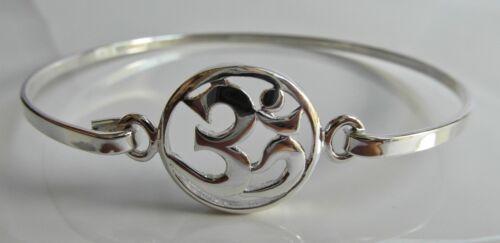 ! 5.8 Grams New  !! Sterling  Silver  925   Om   Bangle   Bracelet