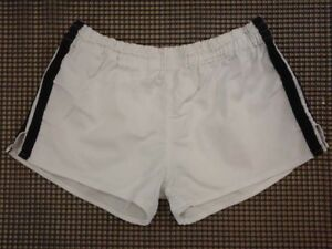 Shorts-Sporthose-Turnhose-Sprinter-TRUE-VINTAGE-DDR-Gr-48-SV403