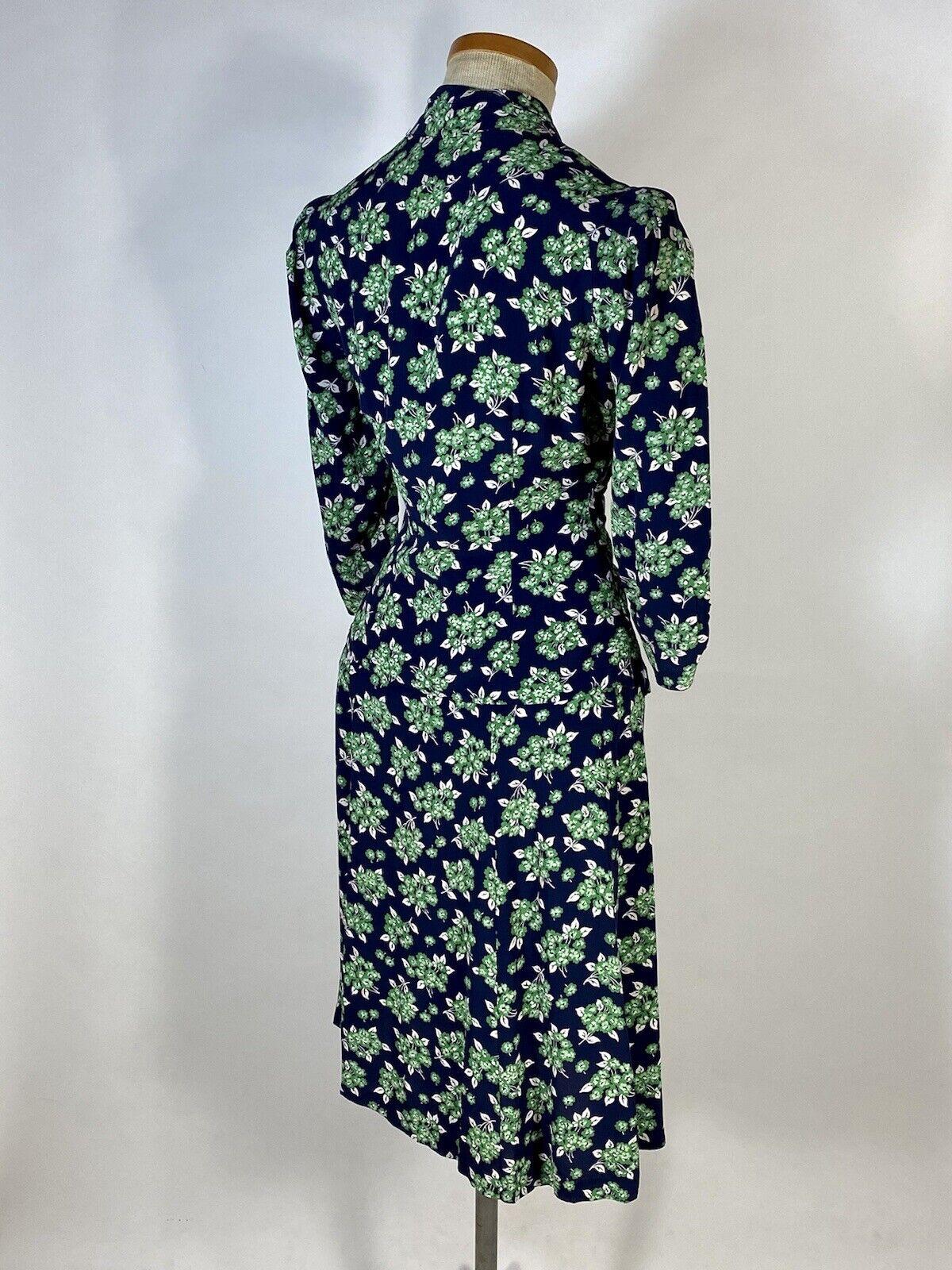 Vintage early 1940's floral silk crepe 2-pc. skir… - image 6