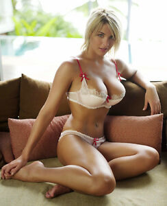 models Glamour blonde lingerie