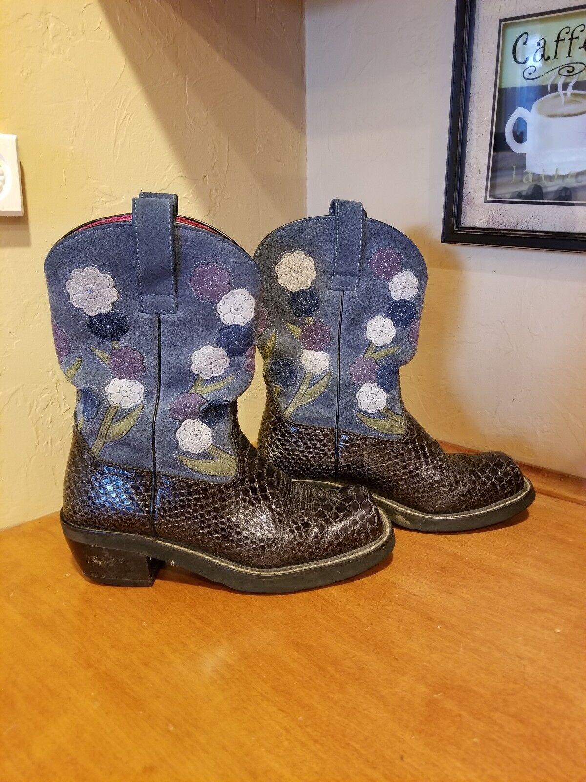 Ladies Ariat floral boots size 8