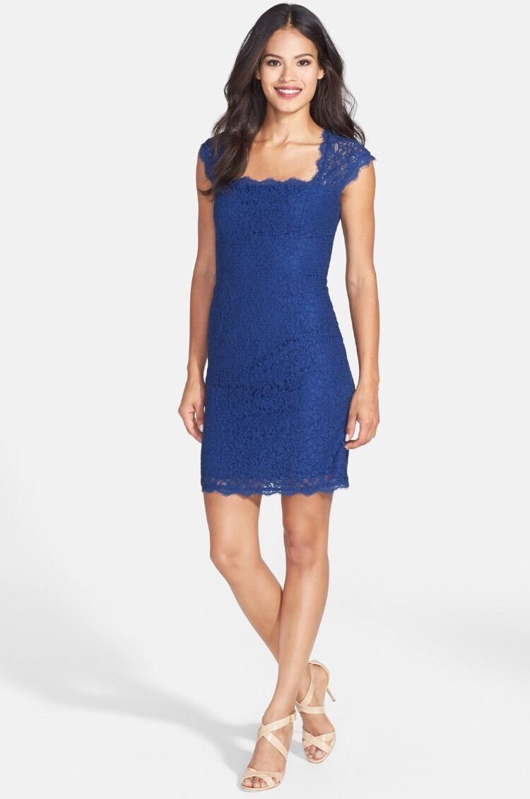 NWT   Adrianna Papell Lace Sheath Dress SOLD OUT    SZ 14   A015