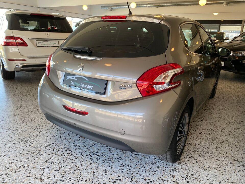 Peugeot 208 1,6 e-HDi 114 Allure Diesel modelår 2012 km