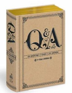 Q-amp-A-a-Day-5-Year-Journal-Hardback-or-Cased-Book