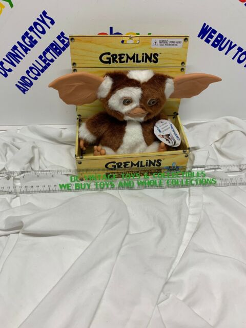 """NECA Gremlins Electronic Dancing Plush Doll Gizmo Measures 8/"""" Tall"""