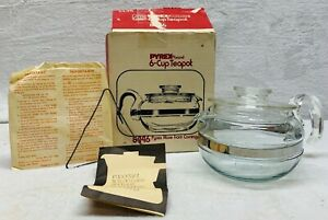 VINTAGE-PYREX-6-CUP-GLASS-TEAPOT-8446-Pyrexware-Original-box-NEW-OPEN-BOX