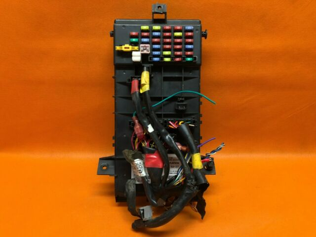 04 Hyundai Tiburon Body Control Module Fuse Box  U0026 Plugs Bcm Fusebox 95480