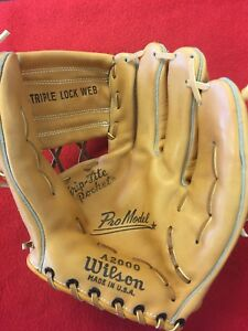 HOLY-GRAIL-1957-FIRST-YEAR-Wilson-A2000-Made-USA-Never-been-used-SUPER-RARE