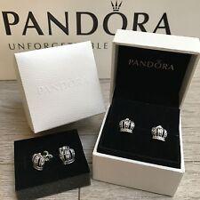 Nuevo En Caja Pandora Corona De Plata Pendientes con Pasador 290539CZ 100% Original