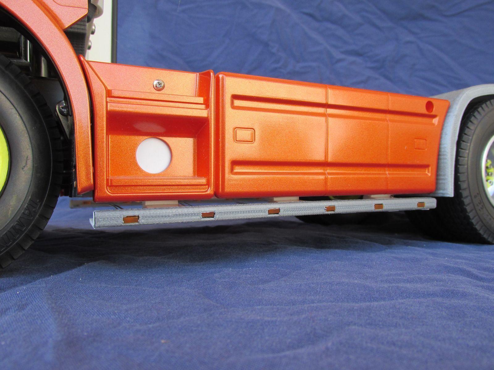 LLS2O - LED-Leistenpaar zu orig. Seitenstaukiste für Tamiya Scania Scania Scania 2-Achs M1 14 f9f9de