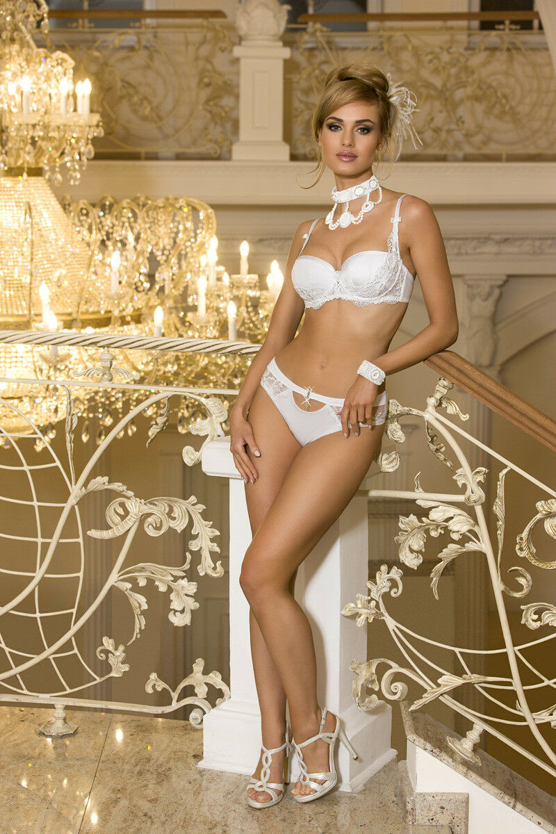 AXAMI Set V-6821 Chandelles Balconette Push-up BH + String Cup 65 70 B C D E