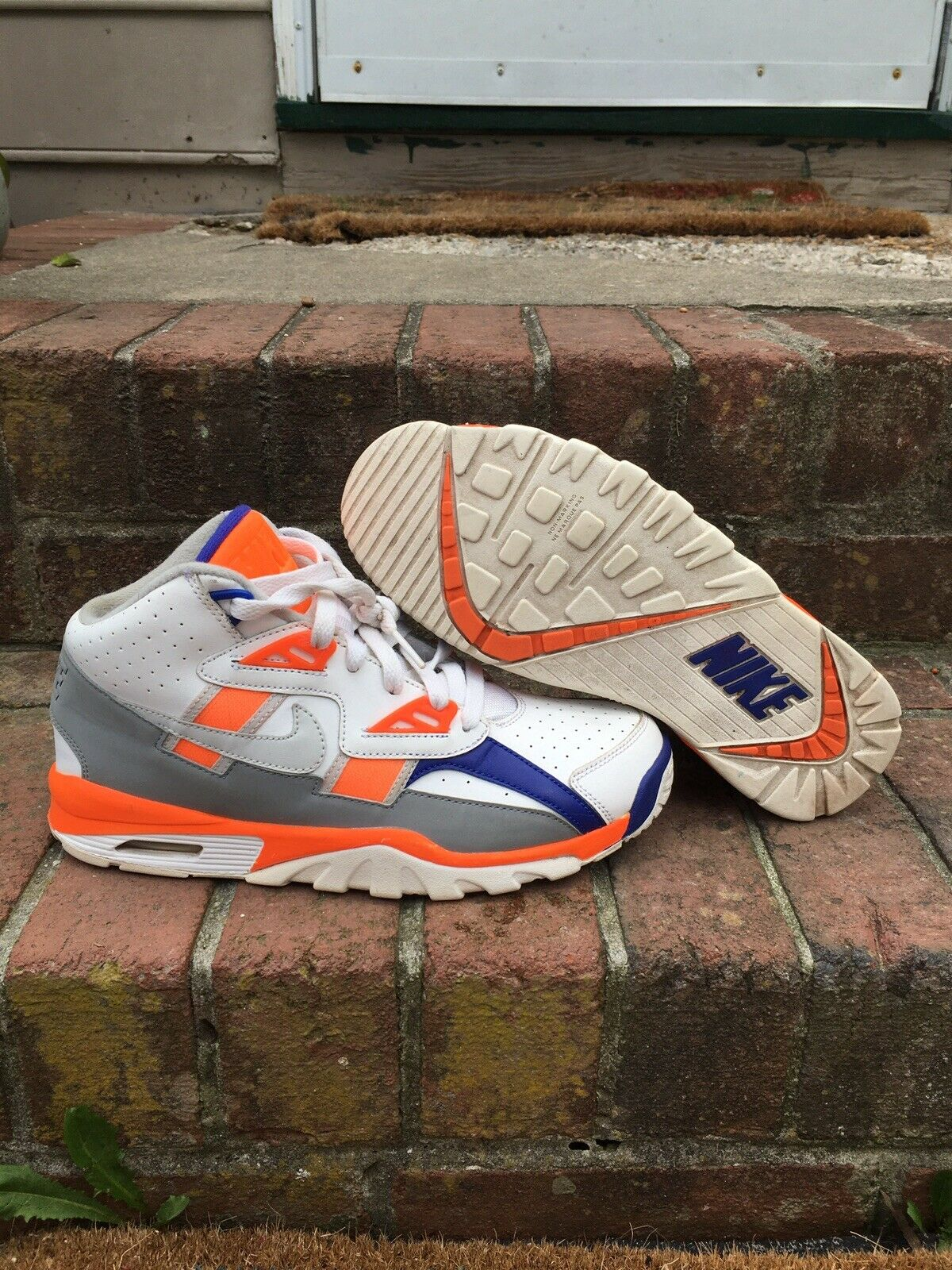 Kids Nike Air Trainer SC (gs) Size 5.5y