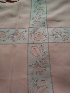 """Exceptional Marghab """"morning Glory"""" Tablecloth & 6 Napkins Made In Madeira Lustrous Tablecloths"""