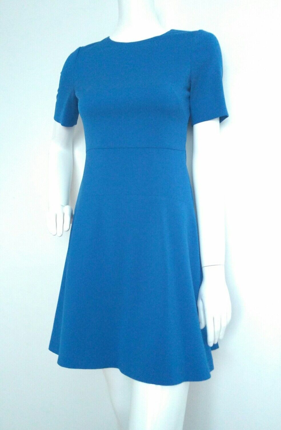 HOBBS ponte dress size 8 --USED ONCE-- short sleeve fit and flare