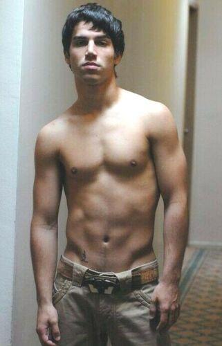 Shirtless Male Muscular Dark Hair Hunk Jock Athletic Body Beefcake PHOTO 4X6 C22