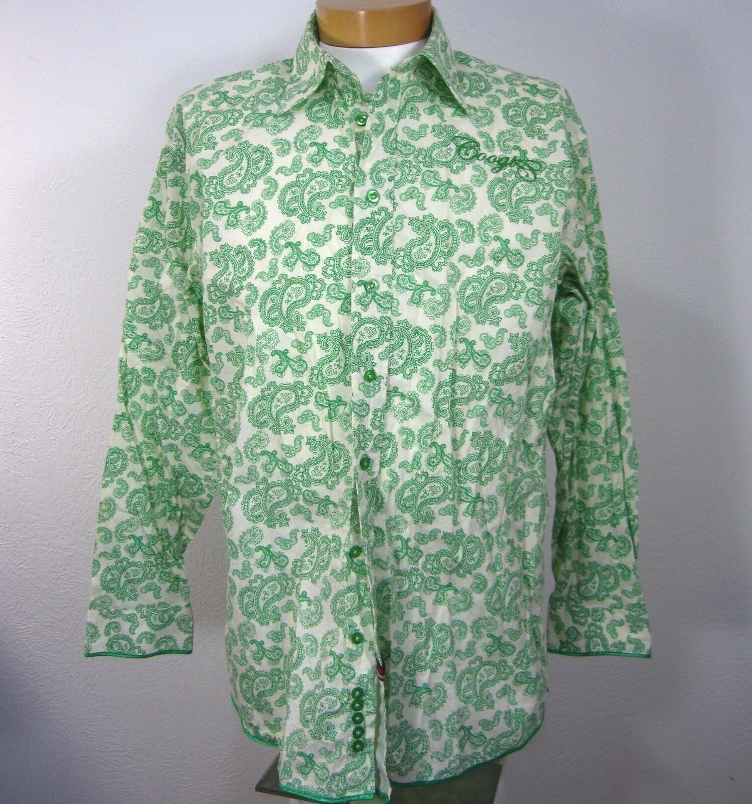 COOGI LONG SLEEVE MEN'S CASUAL SHIRT SIZE XL EXTRA LARGE WHITE GREEN PAISLEY