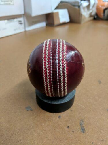 Senior Dukes County Royal Cricket Ball