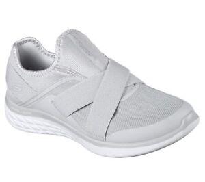 En Skechers Mousse Nouveau Femmes M Chaussures Chaussures Baskets Confortables YOqdOgn