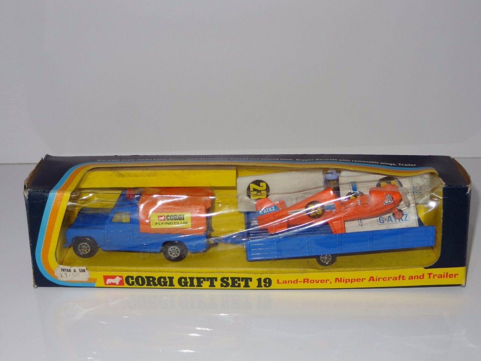 (vt) Corgi Giftset GS 19 LAND ROVER WITH NIPPER AIRCRAFT FLYING CLUB