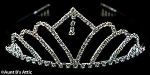 Tiara-Rhinestone-amp-Metal-Silver-Princess-Queen-Or-Debutante-Costume-Headpiece
