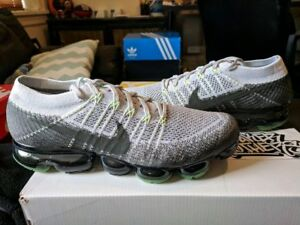 bd087a0e9dcd8 Image is loading Nike-Air-Vapormax-Flyknit-Heritage-Pack-Pure-Platinum-