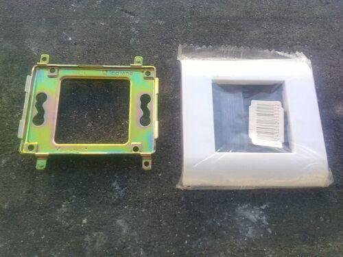 enjoliveur 1 module blanc 3 pièces gamme ancien mosaic 45 legrand  grille
