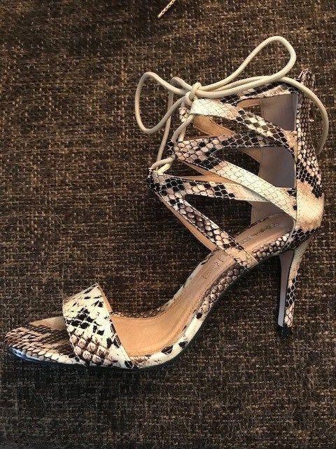 Buffalo Sandaletten Damen Gr. 39 NEU