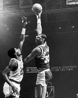 LA Lakers KAREEM ABDUL JABBAR vs Boston Celtics ROBERT PARISH 8x10 Photo Poster