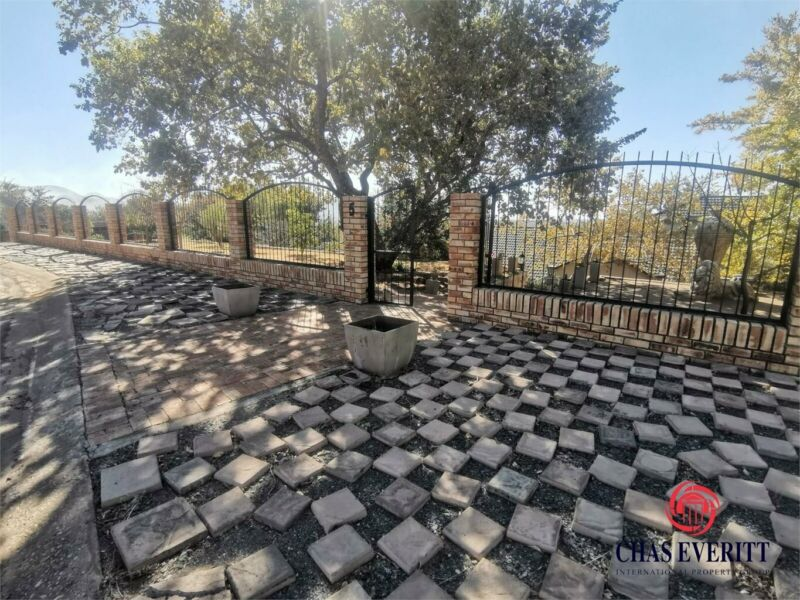 House in Protea Park For Sale