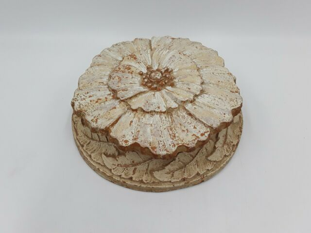Vintage Syroco Lidded Box | Round Shabby Flower chippy paint