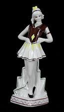 Statuette art deco en porcelaine
