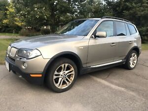 2007 BMW X3, Premiun Package, Clean and Safety.