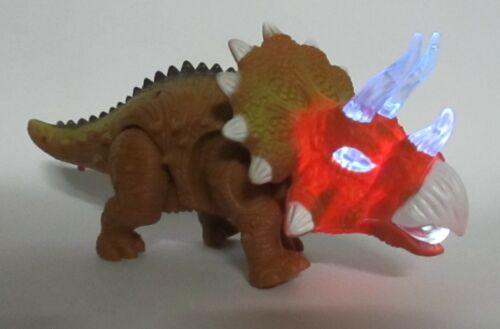 Gran dinosaurio con schaurigem rugido puedo correr rugido marrón luz