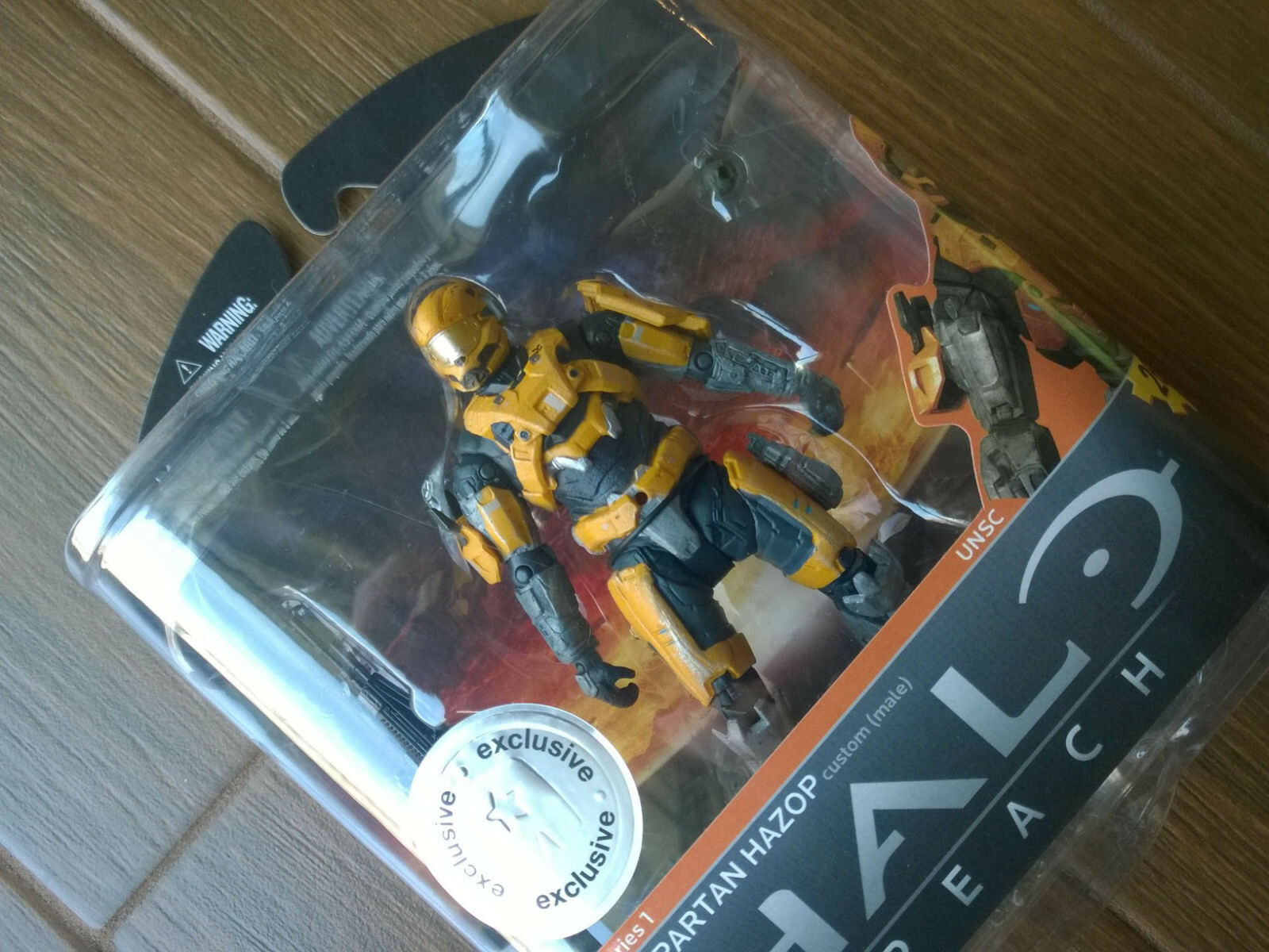 Toys R Us exclusive Halo Reach Series 1  oro HAZOP  Action Figure, new RARE