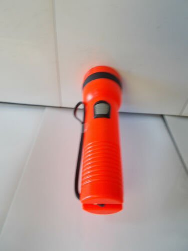 "2 Two Uses 2 /""D/"" size batteries Garrity Orange Flashlights NJ14-1"