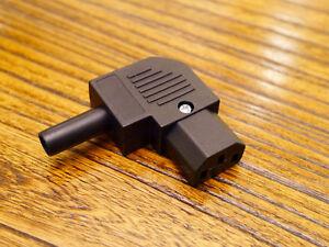 90-Degree-Right-Angled-Power-Supply-IEC-Plug-Connector-Adaptor-Sideways