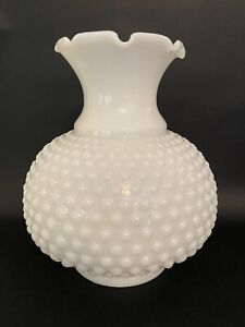 Vtg-WHITE-HOBNAIL-Milk-Glass-Hurricane-Lamp-Shade-Ruffle-Top-6-034-Fitter-3-034