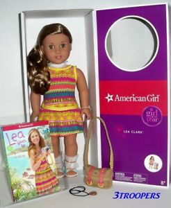 AMERICAN-GIRL-LEA-CLARK-DOLL-OF-THE-YEAR-2016-18-034-NEW-IN-BOX