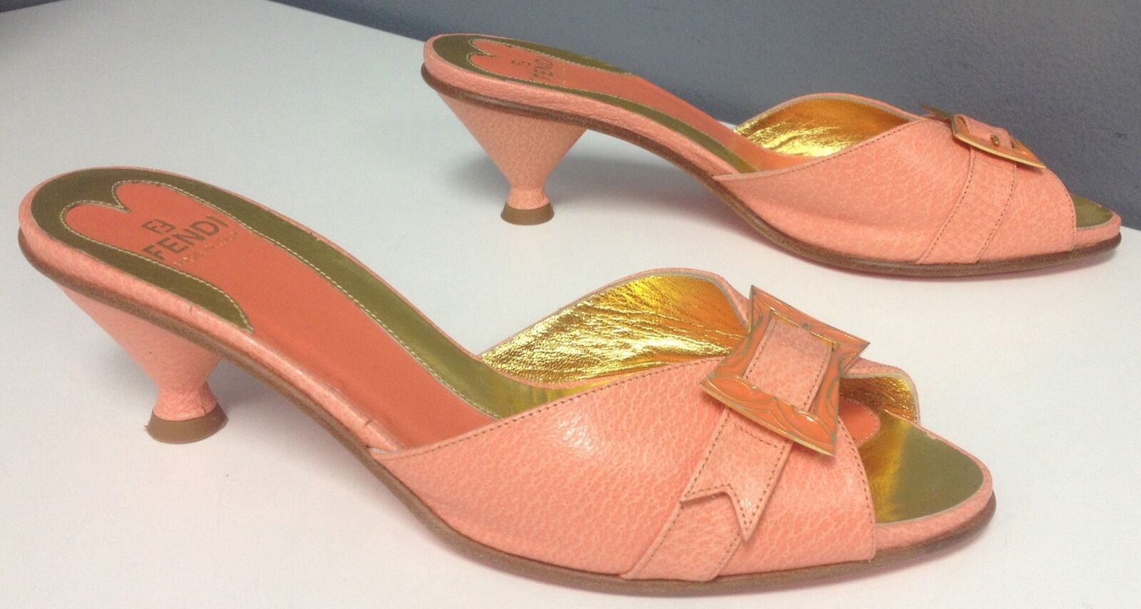 FENDI Peach Leather gold Tone Buckle Top Accent Medium Heel Sandal Sz 37 B4590