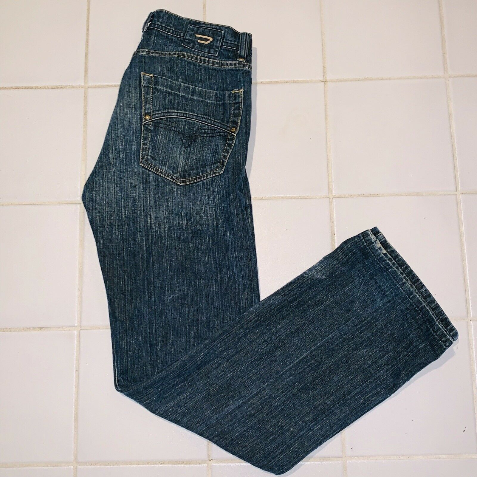 Diesel Industry Denim Division Jeans Button Fly SIZE 28