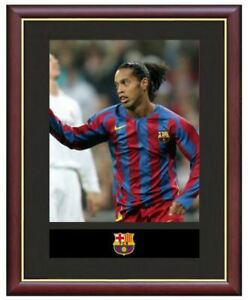Ronaldinho-Mounted-Framed-amp-Glazed-Memorabilia-Gift-Football-Soccer